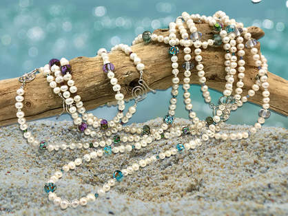 TWIMO Pearl necklaces